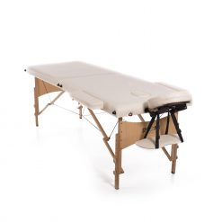 Pillás ágyak és székek by Lash & Lashes